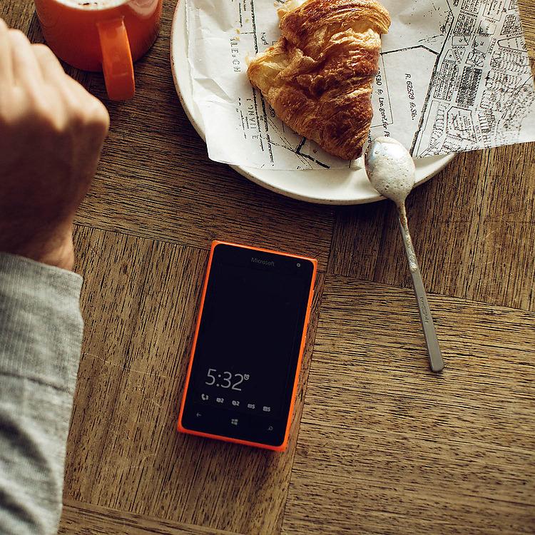 Lumia-532-DSIM-Denim